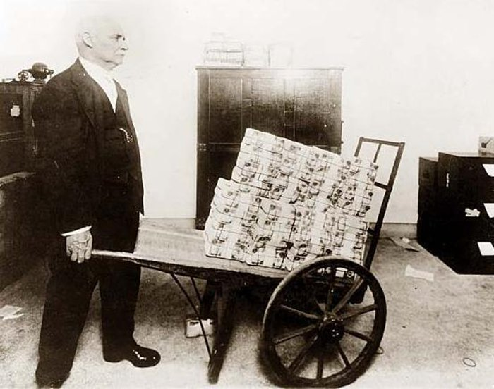 It's Only Paper — Hyperinflation in Weimer Germany (1923 ...